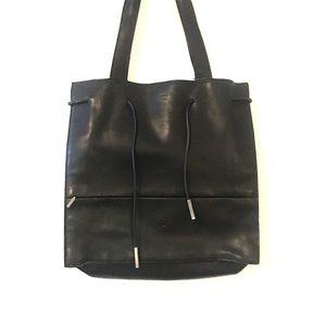 Authentic GUCCI Genuine black Leather Tote Bag